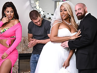 Bridgette B & Moriah Mills & Xander Corvus in Moriahs Wedding Shower - BRAZZERS european big tits films