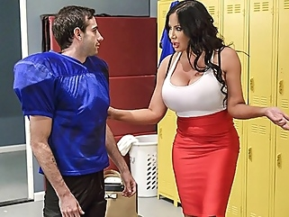 Fat nurse fucked sexy athlete right in the locker room on the bench... straight milf films