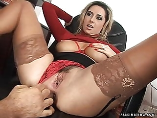Secretary Mandy in red high heel sandals screws her boss milf facial films