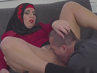Grateful Sexy Muslim Gets Boned big tits arab films