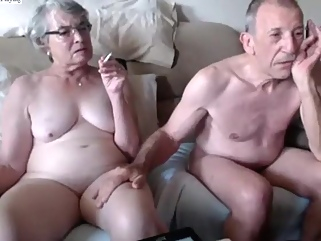 granny amateur smoking