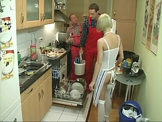 blond threesome with plumbers - paris pink